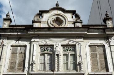 Sobrado – Rua Hannemann, 170