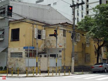 Sobrado – Rua Peixoto Gomide, 1710