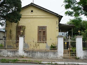 Casa Ferroviária – Rua Déa Freire, 105