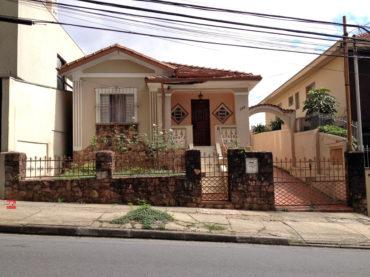 Casa – Rua Tonelero, 196