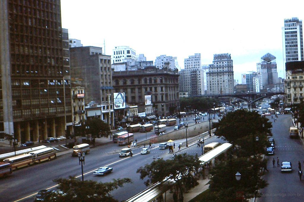 47e747a00 Vale do Anhangabau - 1961   2013 – São Paulo Antiga