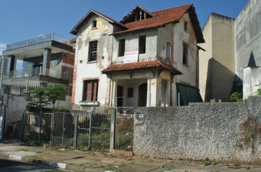 Casarão Demolido – Rua José do Patrocínio, 66