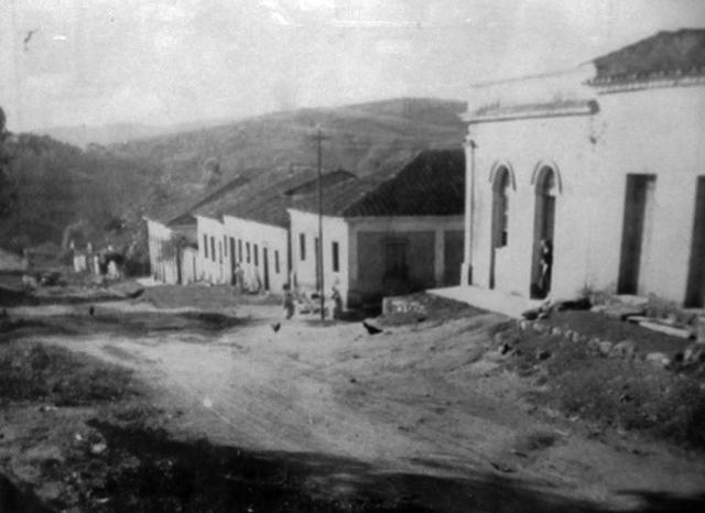 Entre Montes nos primeiros anos do século 20 (clique para ampliar).