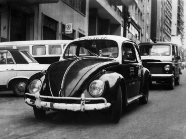 11 Viaturas de Polícia dos anos 60 e 70