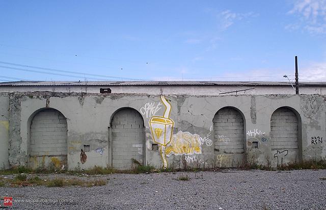 Na foto os resquícios da Cerâmica Paulista, que a prefeitura deixou demolir (clique para ampliar).