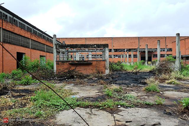 Vista parcial da antiga fábrica da Estrela atualmente (clique na foto para ampliar).