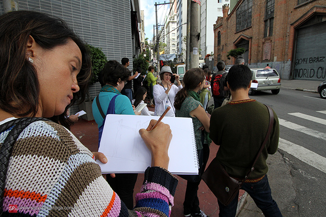 O grupo na Alameda Eduardo Prado (clique na foto para ampliar).