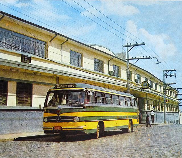 Garagem da E.O Guarulhos em 1968 (clique na foto para ampliar).