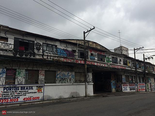 A antiga garagem atualmente (clique para ampliar).