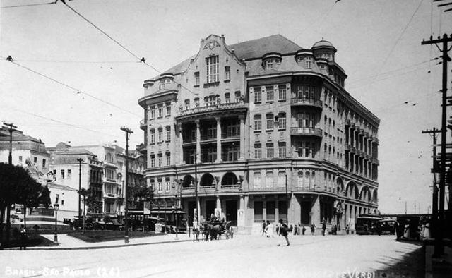 Praça Giuseppe Verdi em 1920