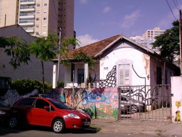 Casarão demolido – Rua Humberto I, 115