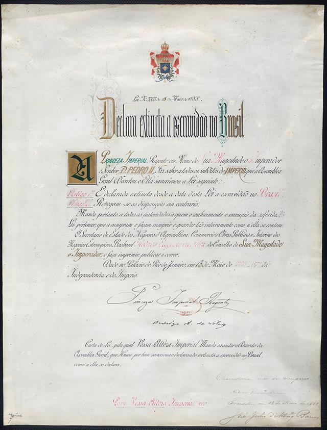 Acima, a carta original da Lei Áurea