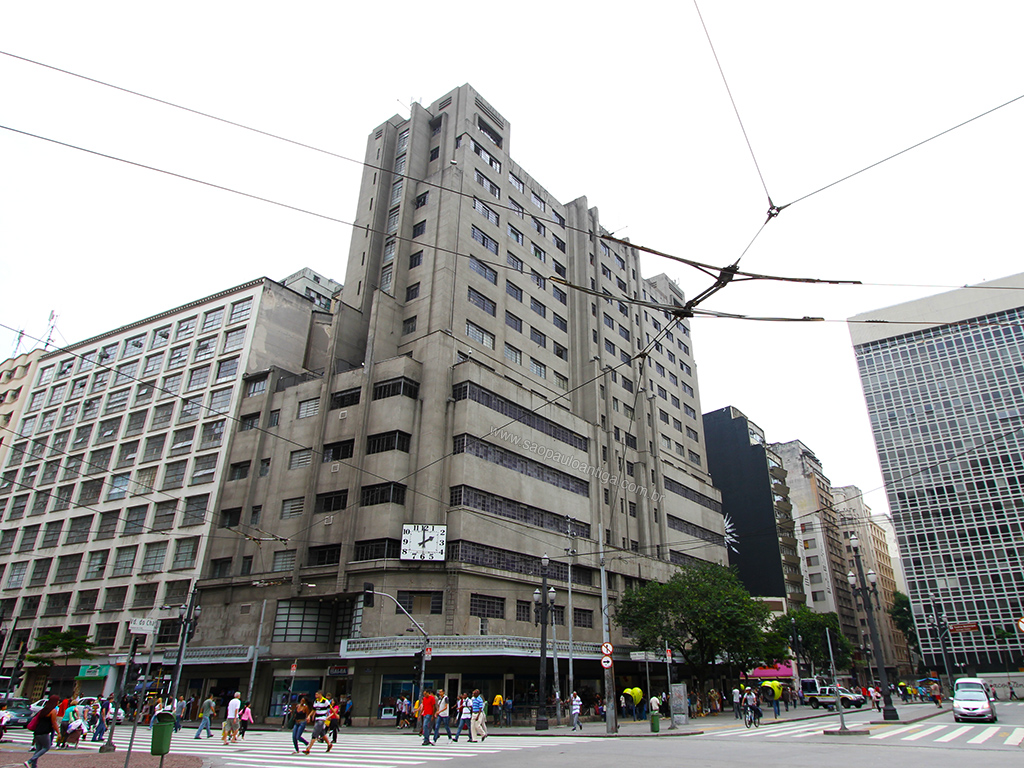 Relógio do antigo Mappin é vandalizado – São Paulo Antiga 6ab42eadf0