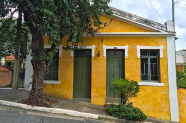 A Casa de 1921 na Rua Camilo