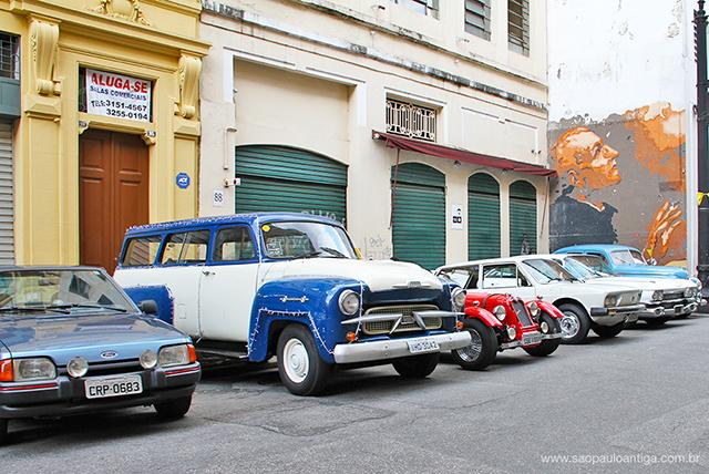 Exposição de carros clássicos (clique para ampliar)