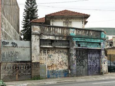 Sobrado – Avenida Ataliba Leonel, 96