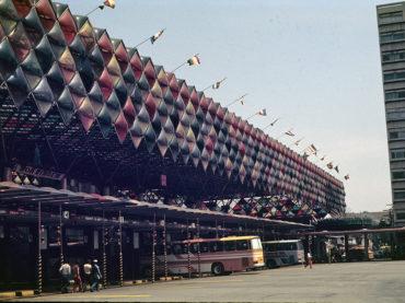 O Terminal Rodoviário da Luz em 16 fotos coloridas