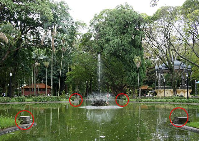 Os círculos mostram onde deveriam haver estátuas (clique para ampliar)