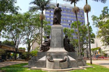 Monumento a Luiz Pereira Barreto