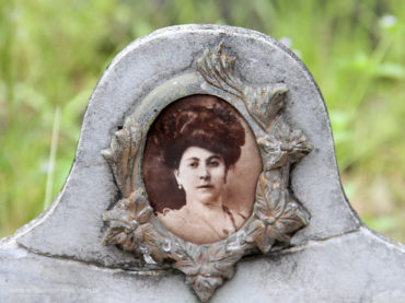 O Cemitério das Polacas em Cubatão