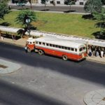 Antigo ônibus Papa-Fila, montado com caminhão FNM