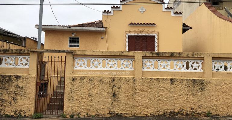 Casa – Rua Japi