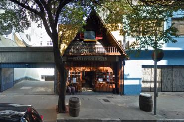 Ícone do centrão bar Amigo Leal fechou as portas