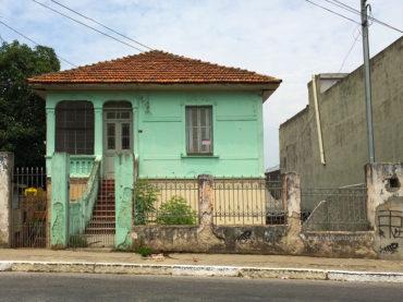 Casarão – Avenida Gabriela Mistral