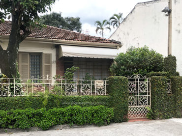 Casa – Rua Carlos Escobar