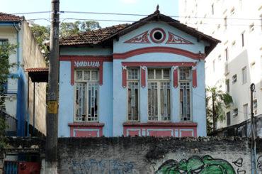 Casarão – Rua Caio Prado, 225