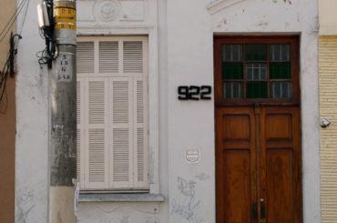 Casa – Rua Vitorino Carmilo, 922