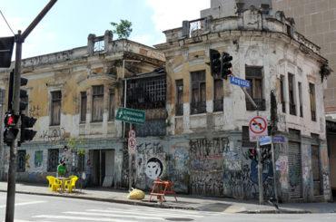 Casarão de 1913 (demolido) – Rua Dona Antônia de Queirós