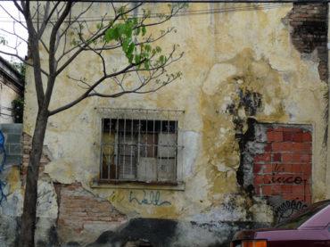 Casa Abandonada e Emparedada