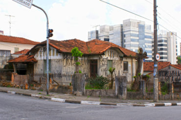Casarão Demolido – Rua Ítala, 217