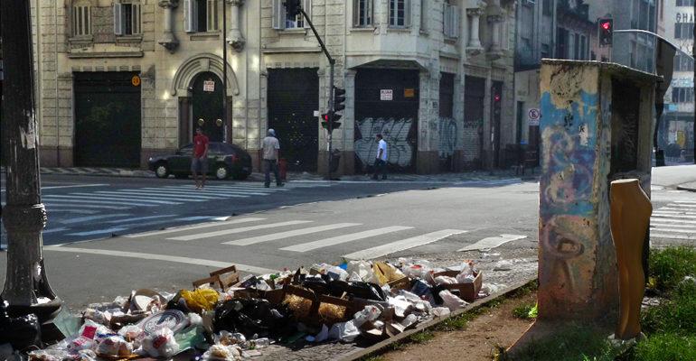 O Império do Lixo