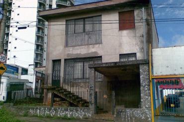 Sobrado – Rua Teófilo Dias, 98