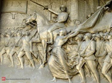 1932: A Arte da Revolução nos Cemitérios Paulistas