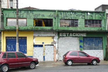 Armazém – Rua Luis de Camões, 42