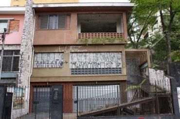 Sobrado – Rua Perpétuo Júnior, 152