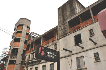 Hospital Itatiaia (demolido)