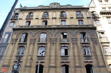 Prédio Abandonado – Rua Roberto Simonsen