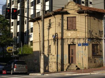 Sobrado – Rua Borges Lagoa, 1132