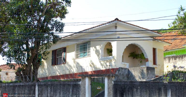 Casas – Rua Catalunha 327 e Rua Monte Verde 103