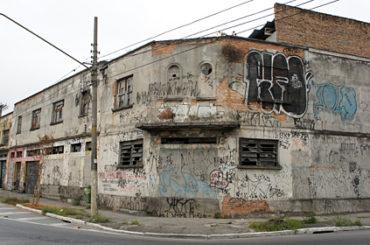 Galpão Industrial – Rua John Harrison
