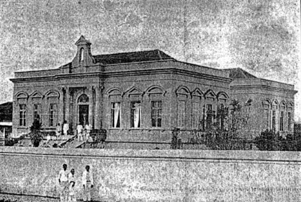 Prédio da Santa Casa aproximadamente em 1900.
