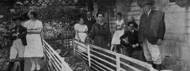 Na foto Guilherme Praun da Silva com esposa e filhos em 1920.