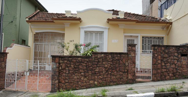 Casa – Rua Joel Jorge de Melo 765
