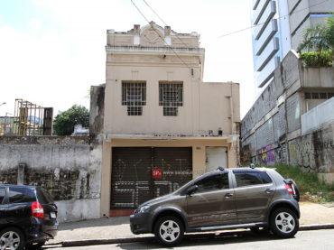 Casa Demolida – Rua Apeninos, 536