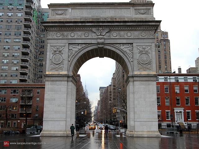 Arco da Washington Square Park, Nova Iorque (clique para ampliar).