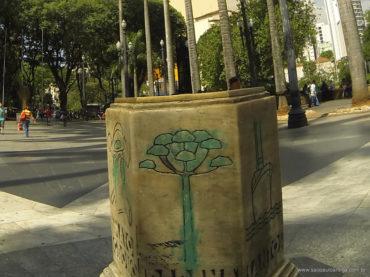 Na Praça da Sé, Marco Zero é alvo de vandalismo